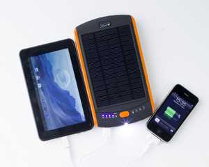 High capacity solar laptop charger