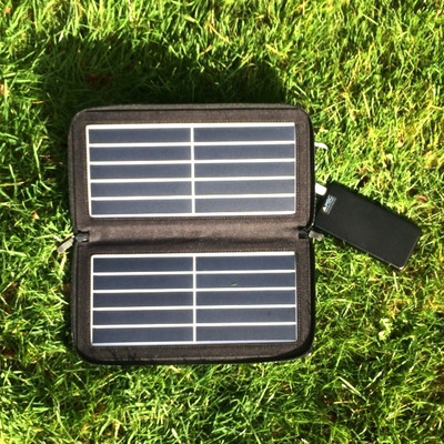 MSC 10w USB 5v SunPower folding solar charger
