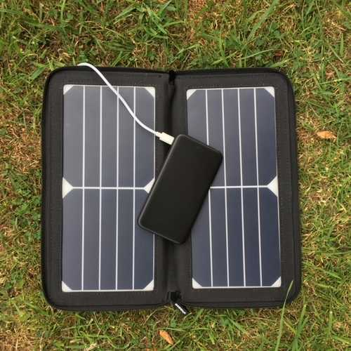 MSC Slim Power Bank and 10W Solar panel
