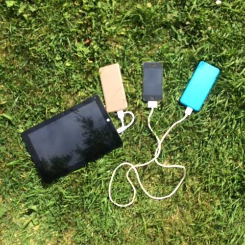 MSC Slim Power Bank and Iphone & Tablet